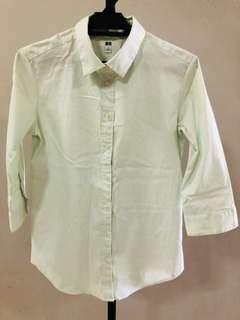 Uniqlo 3/4 sleeves stripes shirt