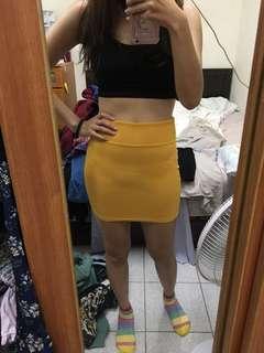 🚚 黃色窄裙