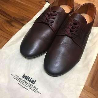 全新initial皮鞋