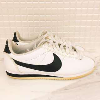 🚚 Nike Classic Cortez Leather阿甘鞋