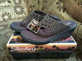 #MauiPhoneX Skechers Cali