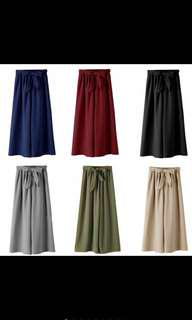 Avail in Black Green & Maroon