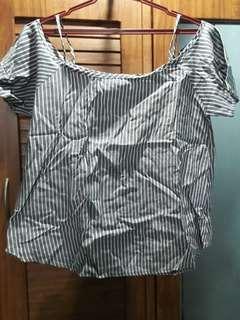 Off-shoulder stripes blouse (fits med-large)