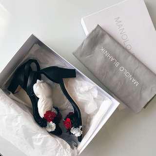 Manolo Blahnik floral sandals size 35 / 5