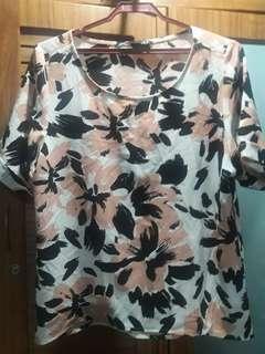 ForMe XL floral blouse