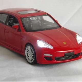 Peron Collectibles 80th year limited edition PANAMERA