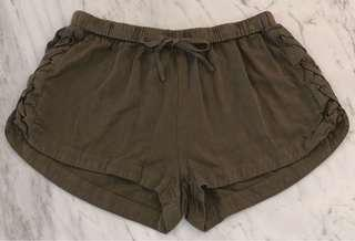 CHARLOTTE RUSSE Khaki Shorts Size 8