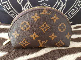 Loui Vuitton  Coin Purse Wallet  make  up bag