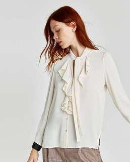 🚚 Zara blouse with bow