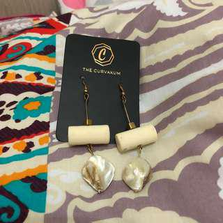 Earring The Curvakum Anting