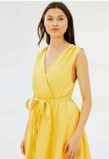 Yellow sun dress size 6 by Imonni