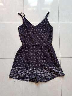 #MauIphoneX cotton on jumpsuit