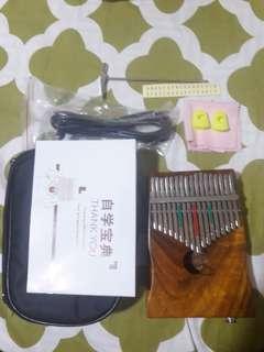 17 Keys EQ Kalimba or Thumb Piano