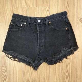 Levi's 501 黑色牛仔短褲 W29