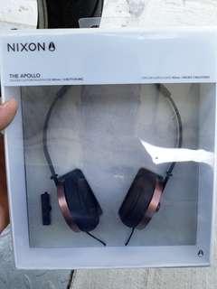 NEW NIXON HEADPHONE