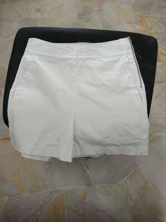 🚚 High waist white side zip shorts