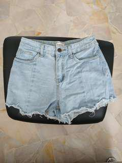 🚚 Light denim high waist shorts