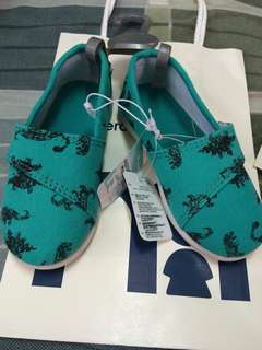 Brand New Mothercare slip on w/ tag ||size 7 || Selling low
