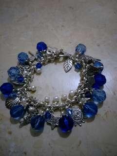 Bracelet with semi precious crystals