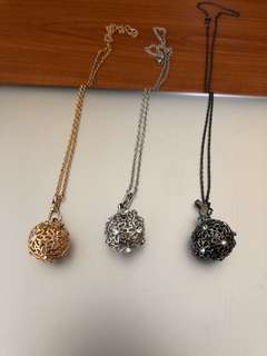 Globe diffusing necklace gift set
