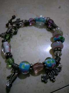 Antique design bracelet made of semi precious stones