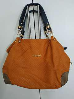 🚚 Carlo Rino Orange Handbag