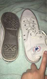 White womens converse size 11