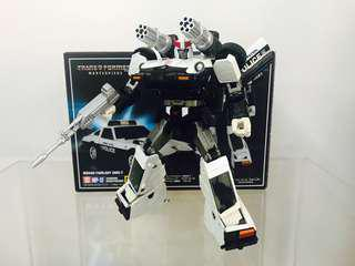BIB MP-17 Transformers Masterpiece Prowl with Add-On
