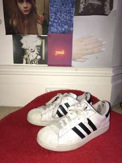 ADIDAS ORIGINALS SIZE 9