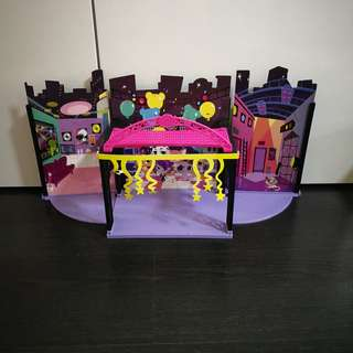 Littlest Pet Shop - 3 Style Sets + 4 Mini Style House (without accessories or figurings)