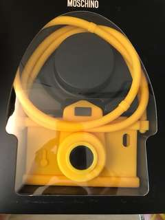 Moschino iPhone 5/5S. Phone case