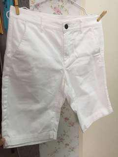 Uniqlo Shorts use twice no stains