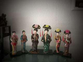 6 China / Japanese women chatting in ancient cheong Sam
