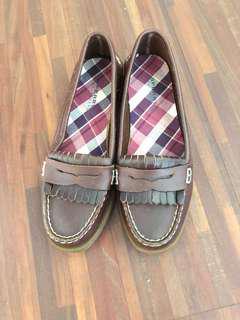 🚚 SPERRY鞋