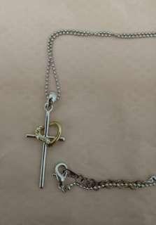 🚚 十字架愛心項鍊(掉一顆鑽了)