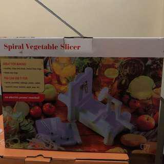 Spiral Vegetable Slicer