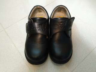 黑皮鞋 size 32