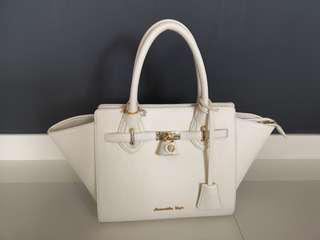 Samantha Vega Ladies Handbag