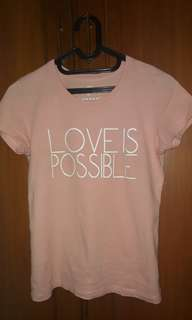Giordano Tee Love is Possible