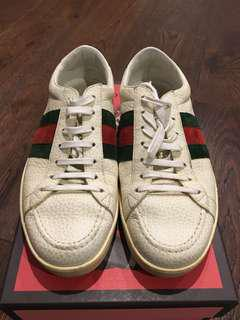 Pre-loved Authentic Gucci Sneakers