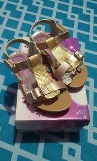 Brandnew Dora Sandals