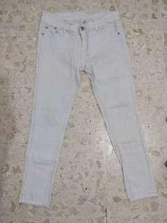 #MauiPhoneX celana jeans prada