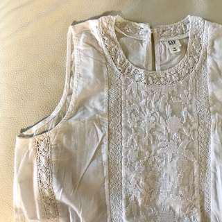 Gap off white lace top