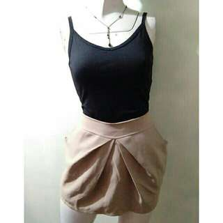 SALE preloved classy medium nude brown skirt with pockets