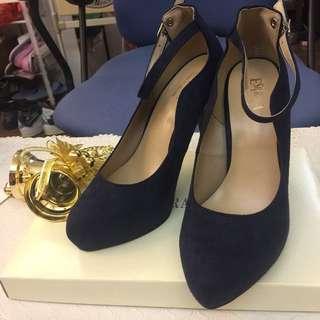 4吋高深藍絨面高跟鞋