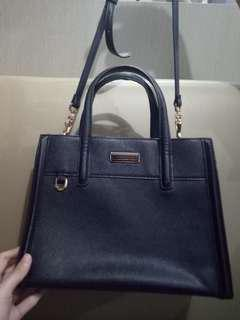 Charles and Keith Tas kerja original