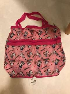 BNWT Snoopy Peanuts Pink Foldable Travel Bag