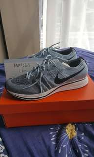 6ed93a90e3c4 Nike Flyknit Trainer Running shoe CNY steal
