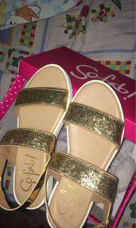 So Fab Sandals Size 6