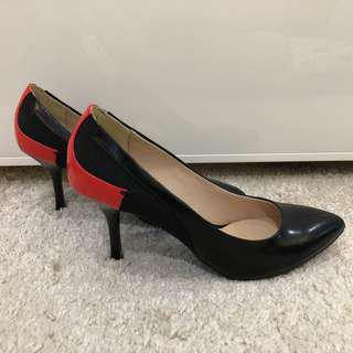 Staccato heels size 36